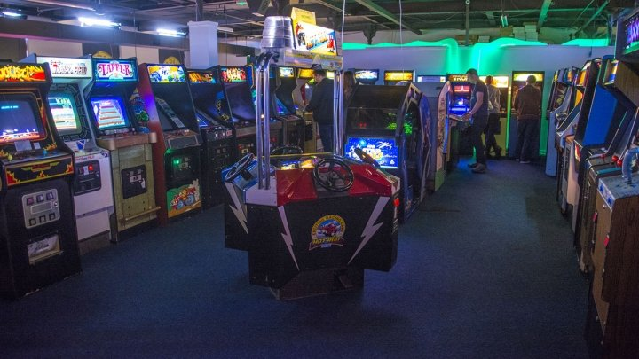 Arcade Club: The Biggest Free-Play Arcade in Europe